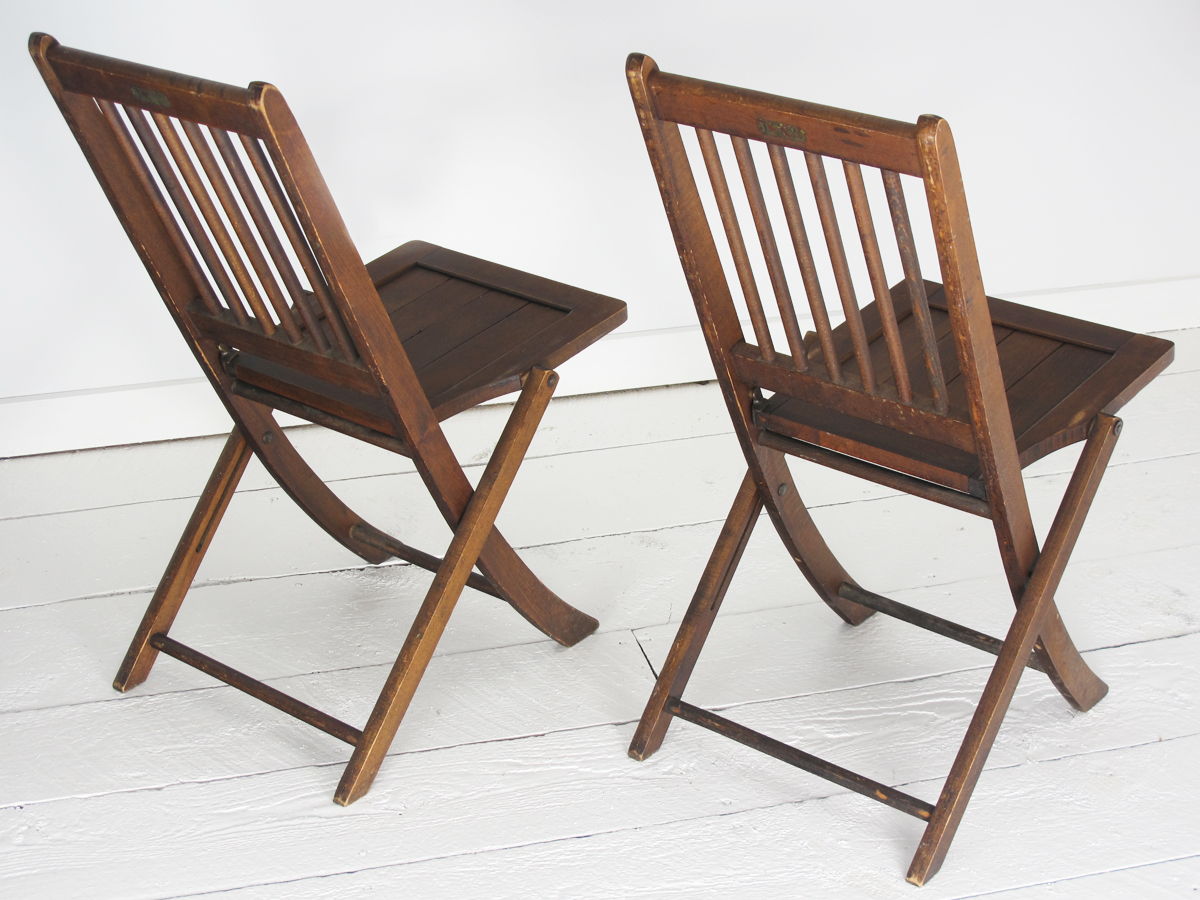 We ... - Antique Jackson Folding Chairs, Boston, C.1890-1910 -Rare – HARTONG